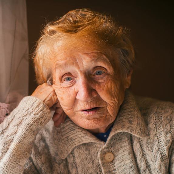 PERSUASION_WORK_Samples_WEB2020_Freinds_Elderly
